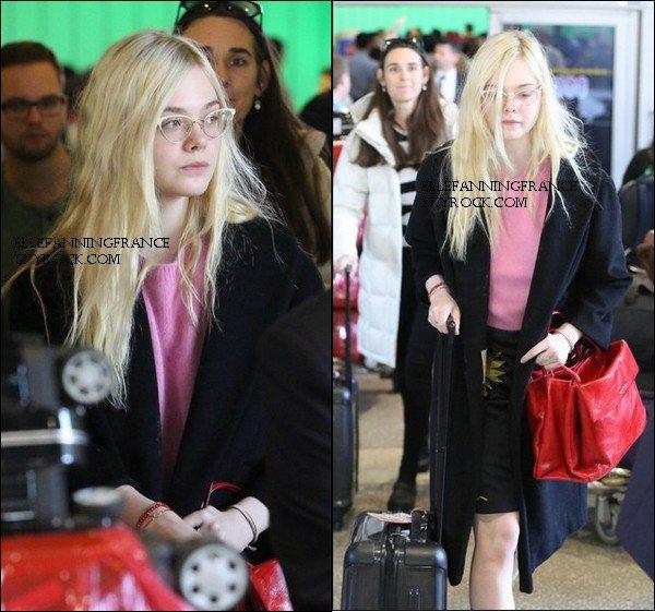 07 Mars : Elle était à l'aéroport LAX  !