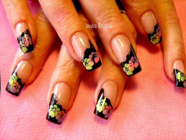 French noir avec décos fleurs ...