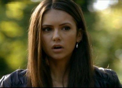 """Chapitre 1 ~ """"Si j'étais toi, je me méfierai d'une étudiante, délurée, devenue vampire récemment."""""""