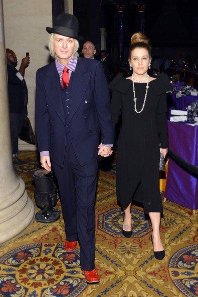 12th Annual un avantage Enduring Vision d'Elton John AIDS Foundation - Cocktail