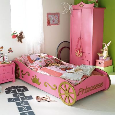 Chambre carrosse latest fabulous chambre princesse for Chambre princesse conforama