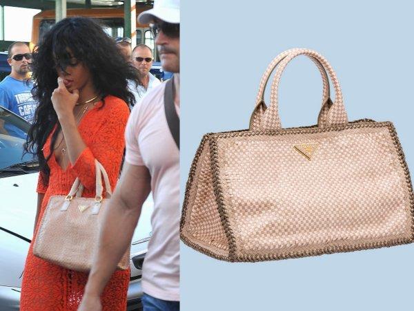 Rihanna en Italie / elle porte un sac Prada a 1835euros / tu aimes?