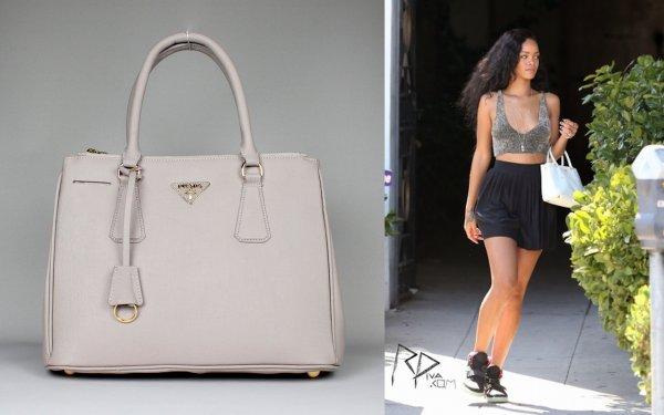 Rih a LA / elle porte un sac prada et des jordan/ tu aimes?