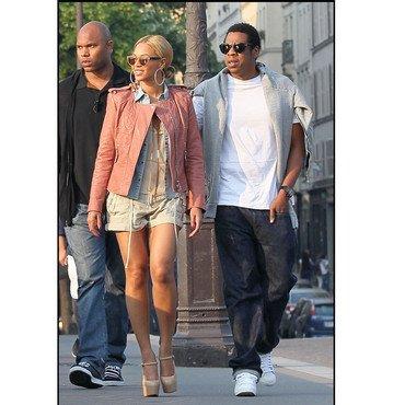 A l'occasion de leurs 3 ans de mariage, Beyoncé Knowles et Jay Z se sont octroyés une virée parisienne dans les spots les plus chics de la capitale, revue de détail »