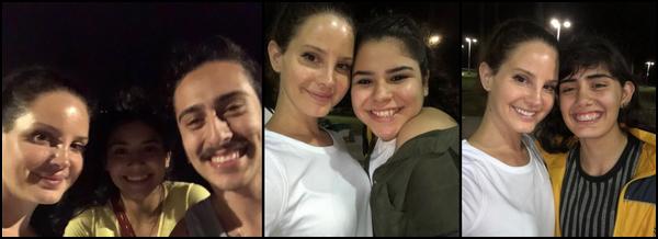 16.08.2018 : Lana Del Rey  visiblement de retour sur le sol américain a été vu avec des fans à Los Angeles
