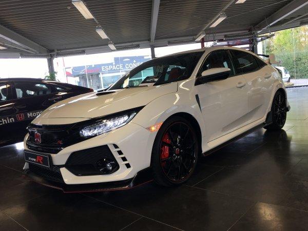 Nouvelle Honda civic type R 2017 320cv une tuerie !!!