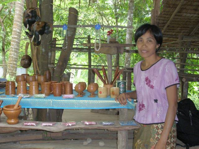 artisants independants perdus dans la jungle
