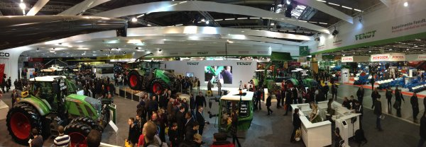 SIMA 2015 Stand Fendt