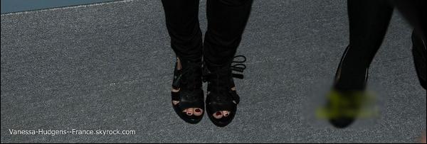 * 14 Février 2011 : Vanessa toujours avec Brittany Snow au défilé « Marc Jacobs » à New York. *