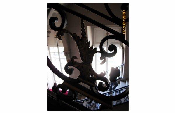 Rez de chaussée - Aile nord - 125 Escalier Questel