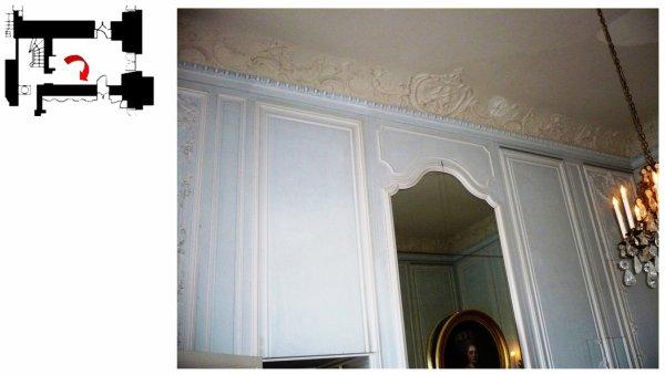 Rez de chaussée - Aile centrale - Appartement de madame Victoire - 74 cabinet intérieur - Corniche