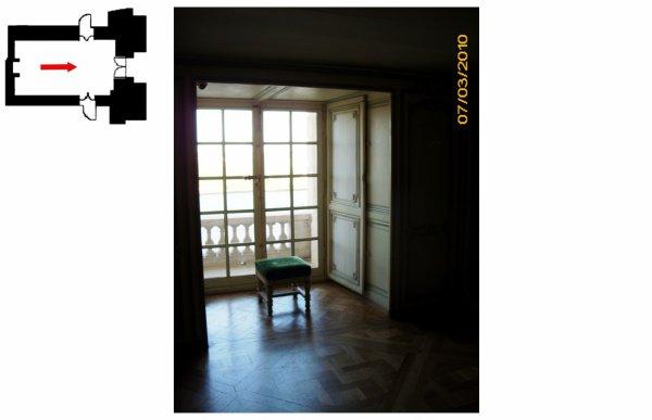 Rez de chaussée - Aile centrale - Appartement de madame Victoire - 75 Bibliothèque.