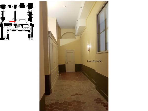 Rez de chaussée - Aile centrale - Divers - 70a Vestibule et garde robe Madame Victoire