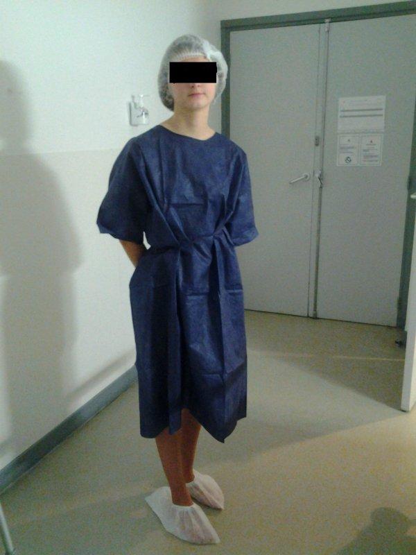 3 infirmieres sur le docteur avant une partouze exhib - 1 9