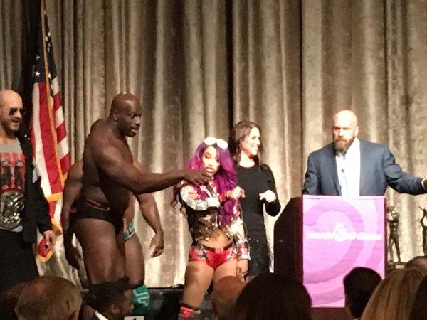 @WWE s'associe #MarchofDimes pour le @SportsLuncheonNYC de sensibilisation