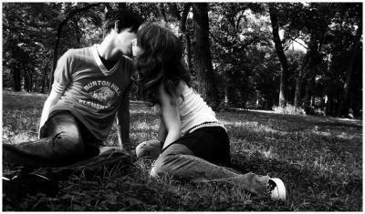 (21) Un seul etre vous manque et tout est dépeuplé.