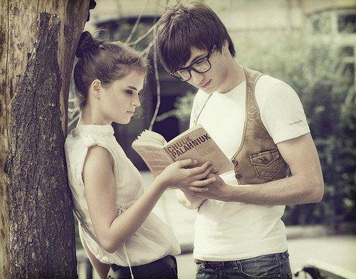On se met pas à ne plus aimer quelqu'un. On se met à aimer quelqu'un d'autre, peut-être aussi parce qu'il y a de la place...