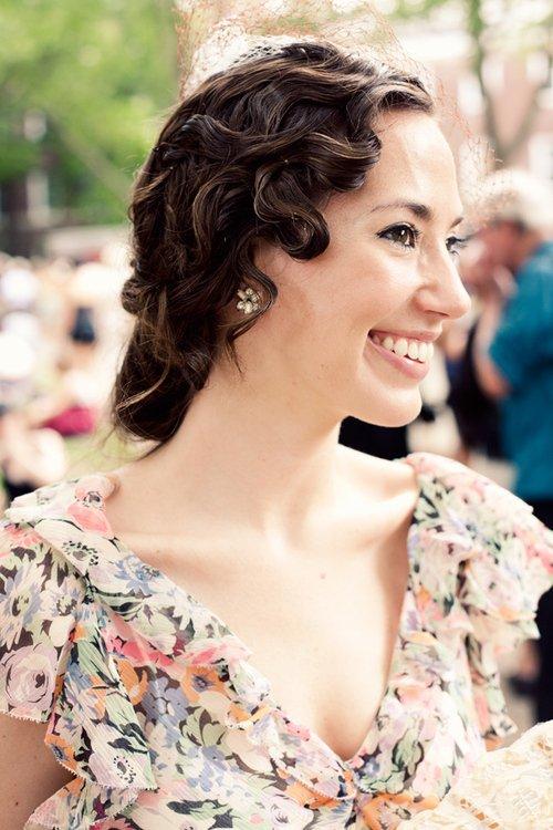 Un sourire peut cacher une douleur certaine, il va falloir tant de beaux moments pour braver les douleurs d'avant.