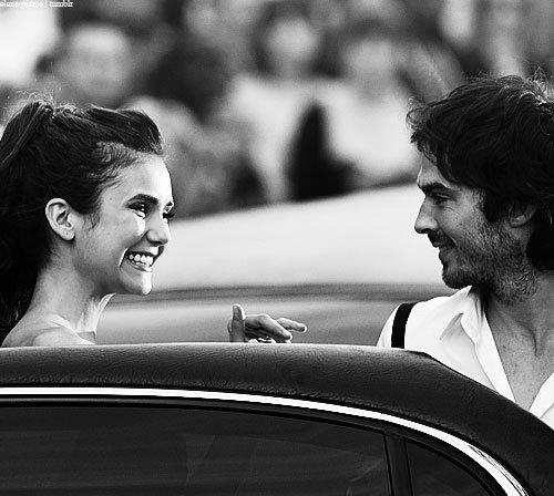Je voudrais tant que tu te souviennes des jours heureux ou nous étions amis . En ce temps-la, la vue était plus belle et le soleil plus brillant qu'aujourd'hui .