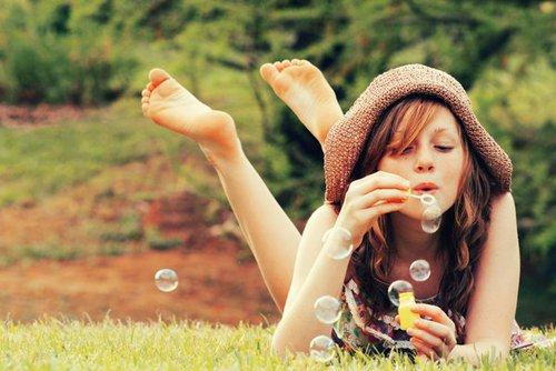 « N'oublie pas une chose, quand tu flottes dans une bulle, la bulle finit toujours par éclater. Et plus la bulle t'a emmené haut, plus la chute est douloureuse. »