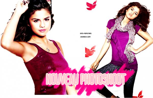 Candids Le 27 juillet 2011, Selena était sur la plage de Palm Beach en Floride ! Côté tenue : j'aime bien son haut , avec le dos nus ça fait très beau et le mini-short  donne un  TOP ! Les chaussures j'aime moin mais sa donne un grand TOP  a Selly :D Ton avis?