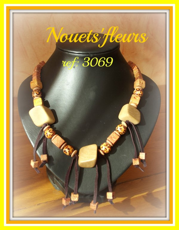 ref; 3069 collier perles bois vernies