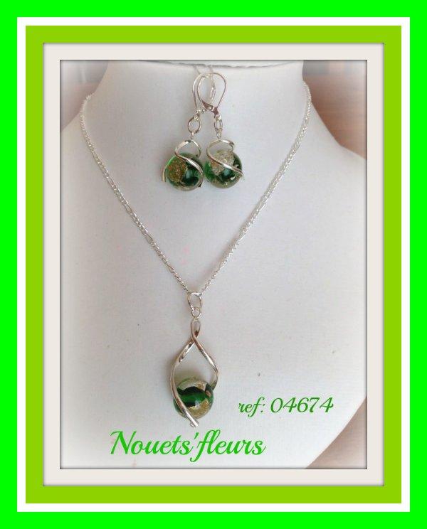 ref: 04674  parure argent et perles vertes