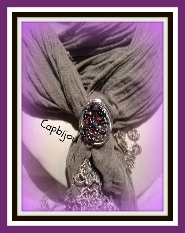 ref: 09 Bague et/ou bijou de foulard