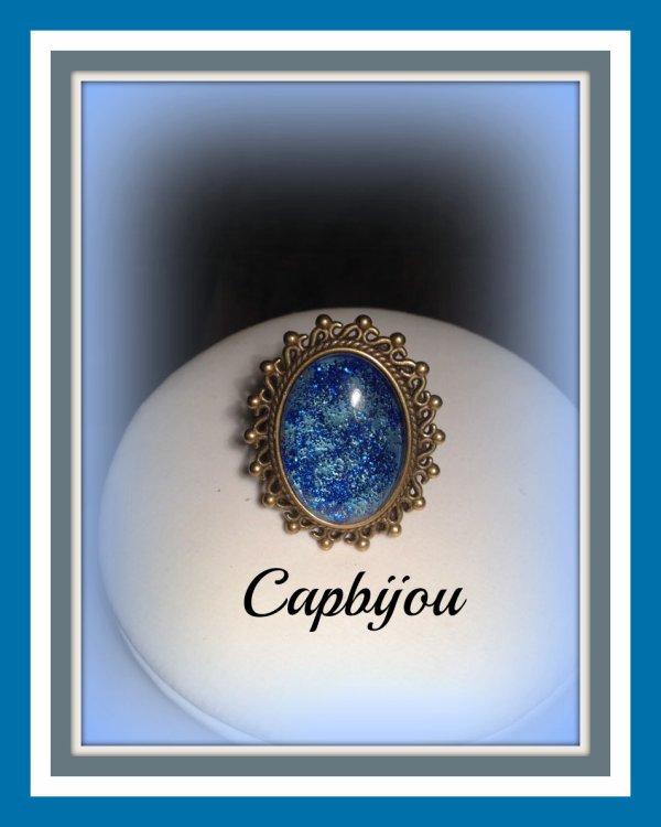 Bague réglable  , bronze  et perle bleue , métal bronze et perle bleue , métal argenté et pois multicolores