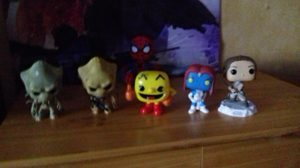 Independence day alien warrior, Pac man ♥, mystique x-men, Rey Star Wars