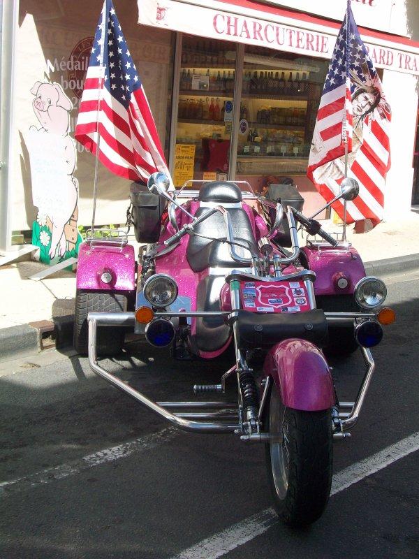 Le trike d'un pote avec un moteur 1800 cox, peinture grosses paillettes