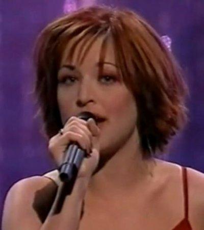 2001 Je n'ai que mon âme - Natasha St-Pier Clip