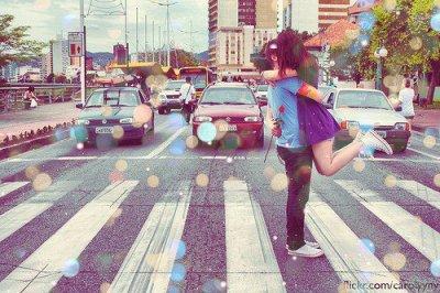 L'amour fait passer le temps, le temps fait passer l'amour.