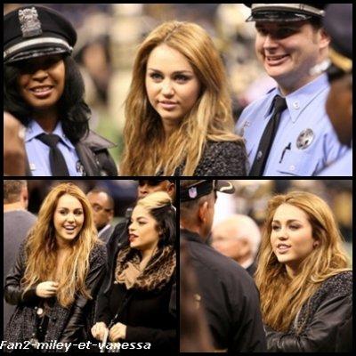 Voici de nouvelles photos de Miley Cyrus assistant à un match ce dimanche 12 décembre 2010, à la Nouvelle Orléans.