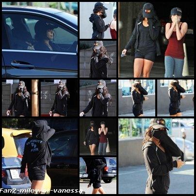 Vanessa et Stella se sont rendues ce vendredi 24 Décembre 2010 au matin,  à la salle de sport de Studio City. Aucun signe d'Ashley Tisdale et sa soeur sur les photos, qui étaient pourtant avec elles ce jour là- et ont été vues en sortant, retournant à la voiture de Vanessa en se cachant avec des casquettes pour éviter les flashs des paparazzi.
