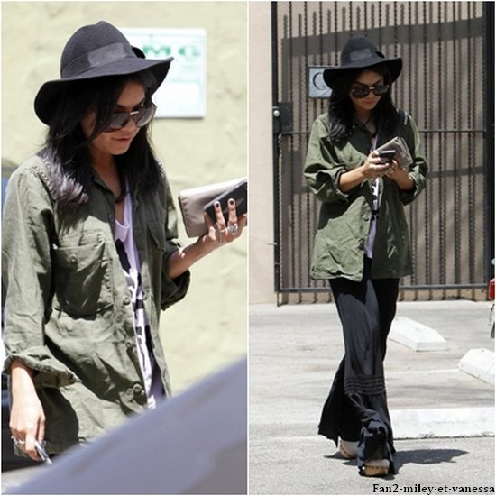 Ce mercredi 11 mai 2011, Vanessa se promenait à Los Angeles. TOP ou FLOP sa tenue ?