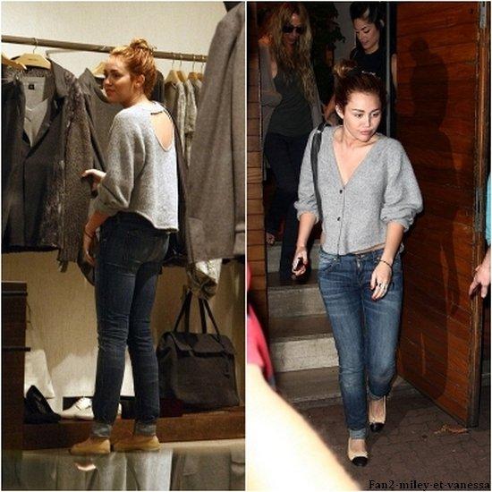 Plus tard dans la journée, Miley à été faire du shopping, toujours à Rio. TOP ou FLOP sa tenue ?