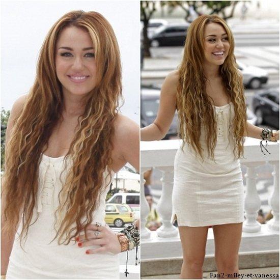 Ce vendredi 13 mai 2011, Miley était à une conférence de presse, à Rio de Janeiro. TOP ou FLOP sa tenue ?