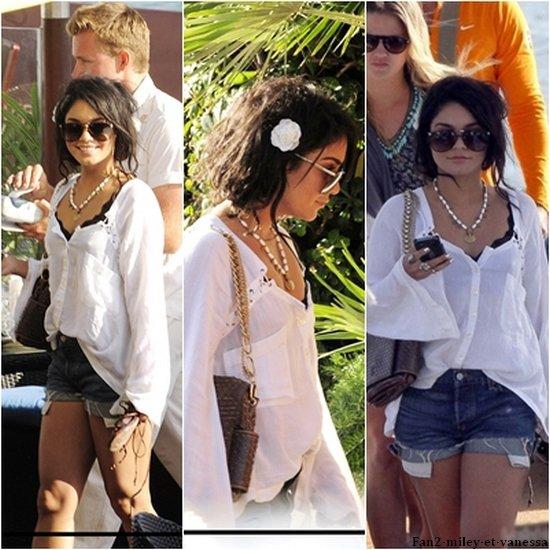 Après avoir été faire un tour sur un bateau, Vanessa à été vue arrivant à son hotel Martinez.