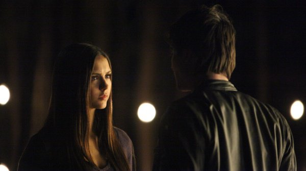 """The Vampire Diaries """"Catch Me If You Can"""" revue: The Race for the Cure est sur!"""