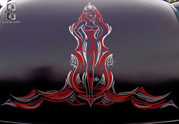 the-virus-retro : Pinstriping