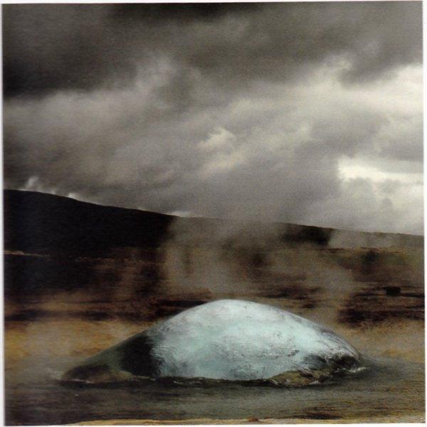 Naissance d'un geyser en Islande