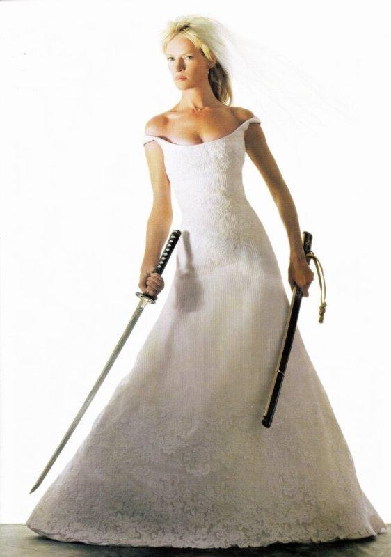 En noir ou en blanc la mariée dézingue