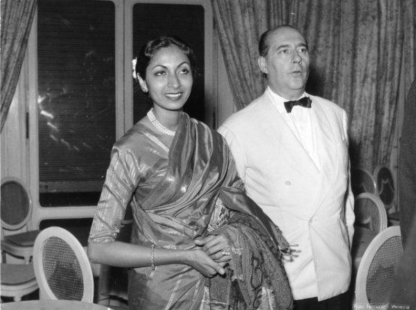 Rossellini part en Inde et revient avec une Indienne mariée qui n'a que la moitié de son âge