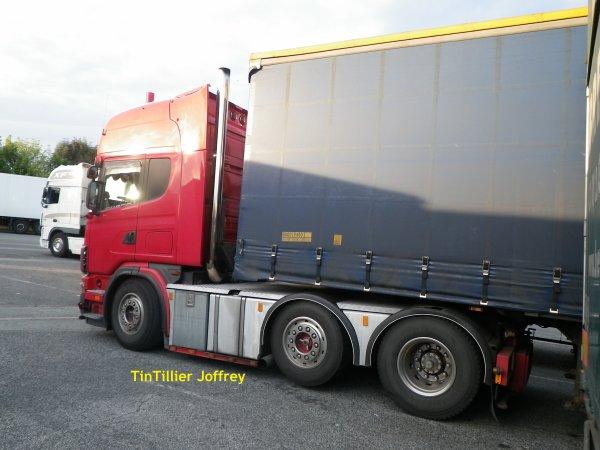 Scania v8 530 ( photo prise par mes soins )
