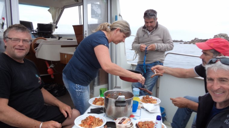 Pêche en mer à 2 bateaux 13 juin 2015