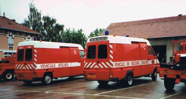 L'ancien Véhicule Atelier et l'ancien VSR  du CSP Montluçon . ( Photo de Daniel BORDIER )