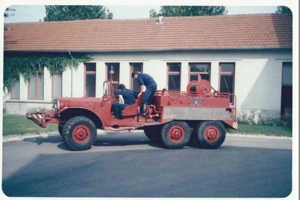 L'ancien CCFM Dodge 6x6 du CSP Montluçon .