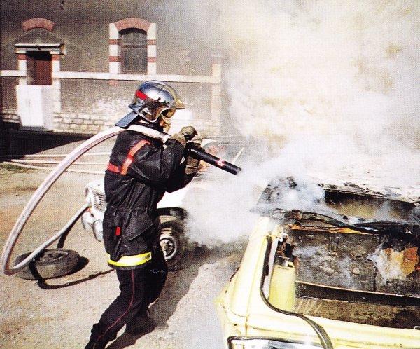 Man½uvre feux de VL au CSP Montluçon en 1997 .