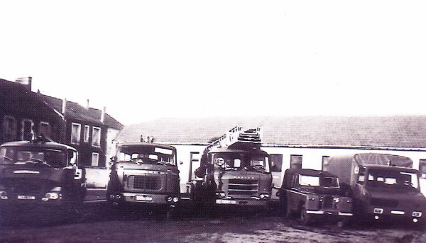 Quelques véhicules du CSP Montluçon dans les année 70 .